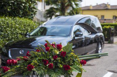 Onoranze funebri funerale completo milano